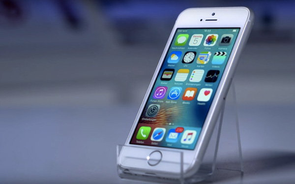 เปลี่ยนโฉม iPhone SE ให้กลายเป็น iPhone 6 SE กับบอดี้ขนาดหน้าจอ 4 นิ้วเท่าเดิม (มีคลิป)