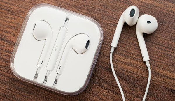 [Tip & Trick] อ่านก่อนซื้อ เทคนิคสังเกตหูฟัง EarPods ว่าเป็นของแท้ หรือของปลอม