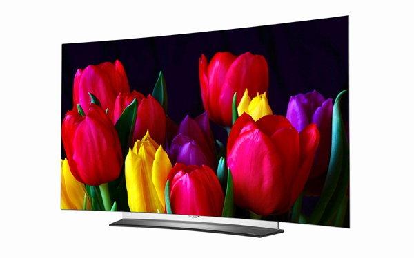 คมชัดทุกองศา เต็มตาทุกเฉดสีกับทีวีจอโค้ง LG OLED TV รุ่น C6T