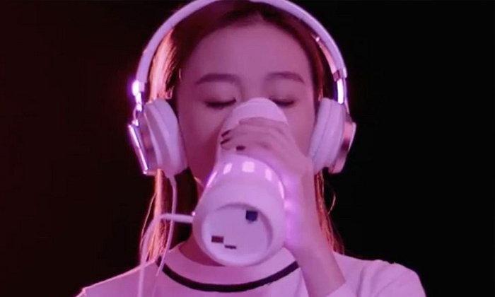 ล้ำสุดๆ! คาเฟ่จีนโปรโมทแก้วน้ำไฮเทคใช้คลื่นเสียงสร้างรสหวานแทนน้ำตาลจริง