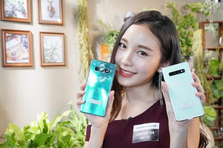 รวมราคา Samsung Galaxy S10 และ Samsung Galaxy 10+ จากทุกค่ายมือถือลดสูงสุด 50 เปอร์เซ็นต์!