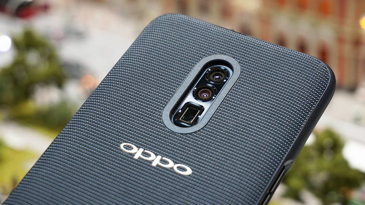 รอดูของเด็ด Oppo เตรียมเปิดiตัวสมาร์ตโฟนกล้องซูม 10x ในเดือนหน้า!
