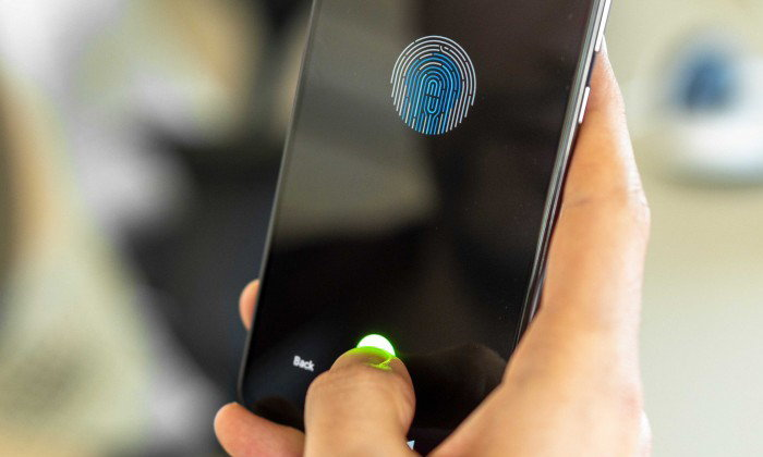 """Xiaomi Mi A3"" อาจจะได้ใช้ระบบสแกนลายนิ้วมือในหน้าจอ บน ""Android One"""