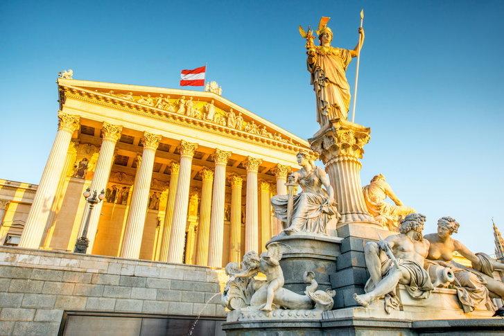 ออสเตรียร่างกฎหมายใหม่ ให้ใช้ชื่อ-นามสกุลจริงในการแสดงความคิดเห็นบนโลกออนไลน์!