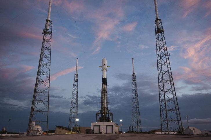 รอชมสด! SpaceX เตรียมปล่อยดาวเทียม Starlink ชุดแรก 60 ดวง 17 พฤษภาคมนี้!