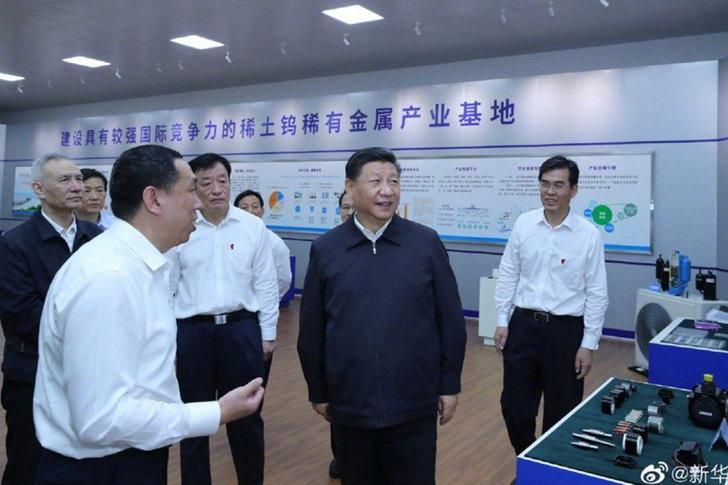 Huawei : สื่อจีนแพร่ภาพ สี จิ้นผิง เยี่ยมชมโรงงานผลิตแร่ใช้ทำชิปวันเดียวกับที่หัวเว่ยถูกแบน