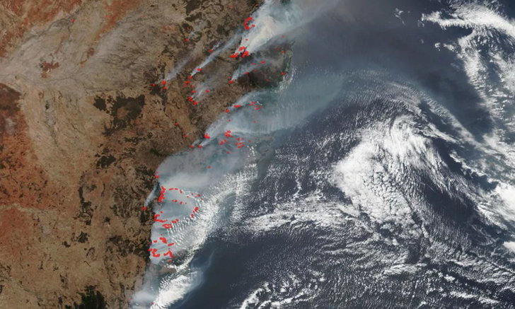 นาซ่าเผยภาพถ่ายจากดาวเทียมเหตุไฟป่าในออสเตรเลียเกือบ 100 จุด ราว 21,448 ตร.กม.