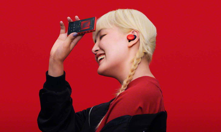 โซนี่ไทย เขย่าตลาดผลิตภัณฑ์เครื่องเสียงส่งท้ายปี ส่งทัพ วอล์คแมน หูฟังใหม่ล่าสุดบุกตลาดเต็มพิกัด