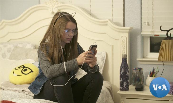 เปิดตัวโทรศัพท์มือถือแบบใหม่ไร้การเชื่อมต่ออินเตอร์เน็ตสำหรับเด็ก