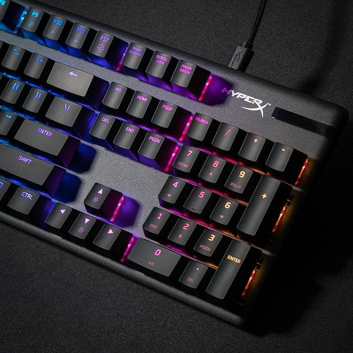 3-hyperx-keyboard