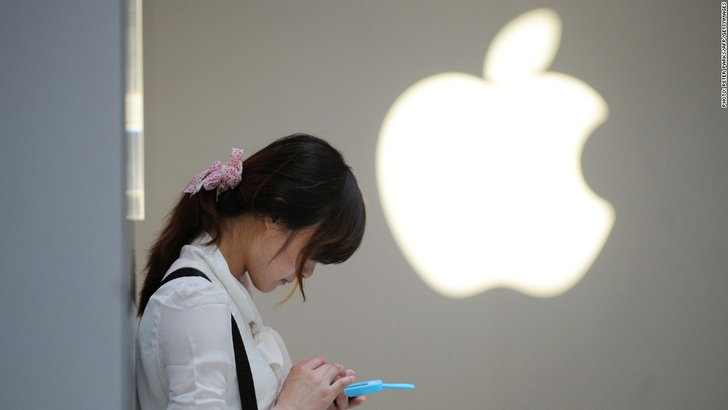 ตลาดมือถือจีนประสบภาวะยอดขายดิ่งหนักสุด! Apple หลุดท็อปโฟร์แล้ว