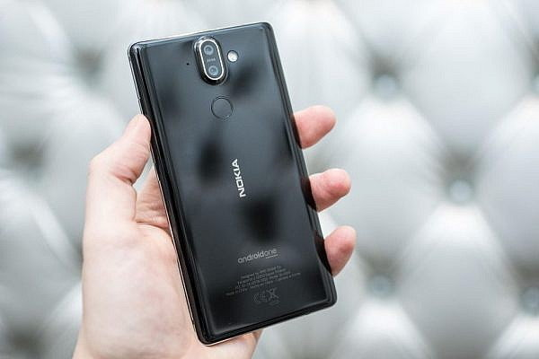 โปรดี ซื้อ Nokia 6, 7 Plus และ 8 ในสหราชอาณาจักร รับฟรี Google Home Mini ด้วย