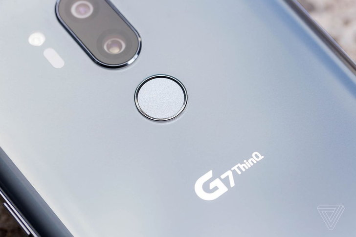 LG เผย คิดดีไซน์รอยบากก่อน Apple อีกนะ