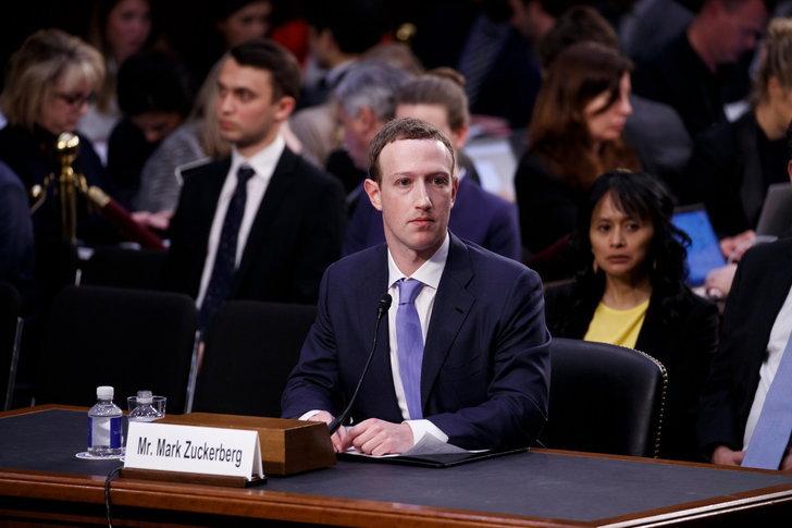 ไม่มีอะไรฟรี บัญชี Facebook ทุกคนมี Backdoor ที่พนักงานสามารถเข้าถึงข้อมูลส่วนตัวได้