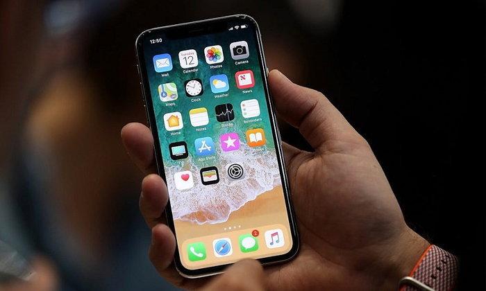 iPhone X Plus จะมีขนาดเครื่องเท่า iPhone 8 Plus แต่หน้าจอใหญ่มาก!
