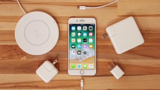 """อะแดปเตอร์ """"Fast Charge"""" ของ """"Apple"""" จะไม่ขายแยก จำหน่ายพร้อม iPhone รุ่นใหม่เท่านั้น"""