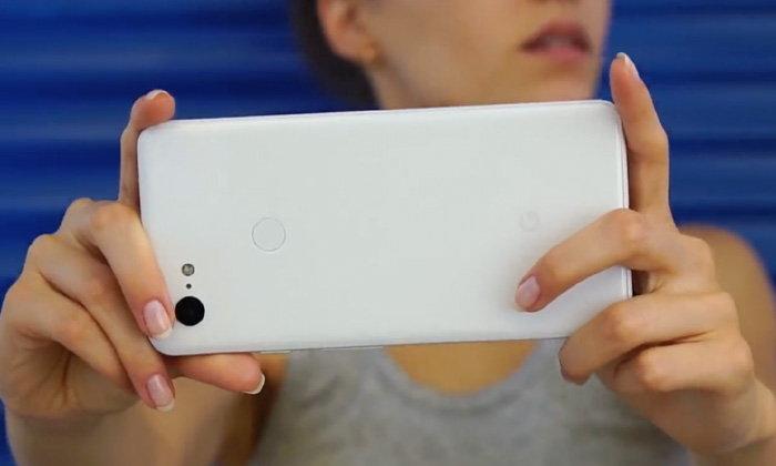 """ไม่ต้องรอเปิดตัว เผยคลิปหน้าตา """"Google Pixel 3 XL"""" แบบชัดเจน"""