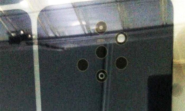 """แหวกตลาด! ภาพหลุด Nokia 9 : เผยดีไซน์ตำแหน่งกล้องหลัง """"แปลกตาที่สุด"""" ในปี 2018"""