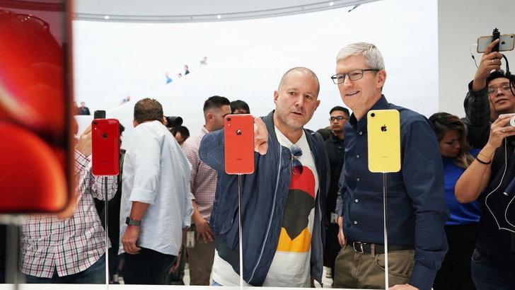 ทิม คุก เผยสาเหตุทำไมต้องทำไอโฟนให้แพงขึ้นและรองรับสองซิมออกมาขาย