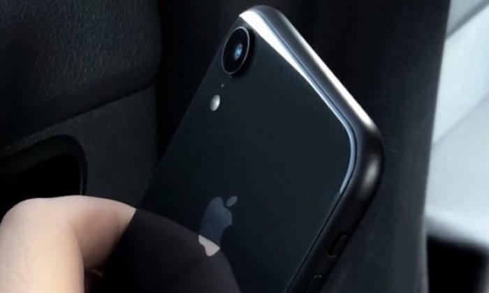 ภาพหลุดตัวเครื่อง iPhone 9 จอ 6.1 นิ้ว ก่อนเปิดตัวจริง 12 กันยายนนี้
