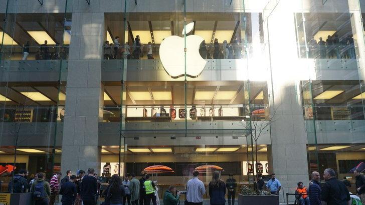 """ชวนดูบรรยากาศ """"iPhone XS และ XS Max"""" เริ่มวางขายที่ออสเตรเลีย """"เป็นที่แรกของโลก"""""""