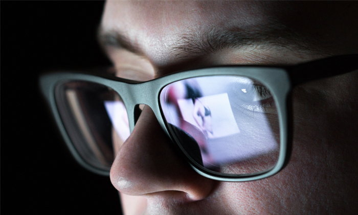 """""""Facebook"""" เปิดตัวซอฟแวร์ใหม่สำหรับเตือนการแสดงรูปเปลือยของผู้เยาว์"""