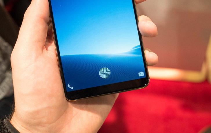 """Samsung Galaxy S10 จะใช้เซ็นเซอร์สแกนนิ้วมือใหม่ """"ใหญ่ขึ้น"""" : เตรียมตัดเซ็นเซอร์สแกนม่านตาทิ้ง"""