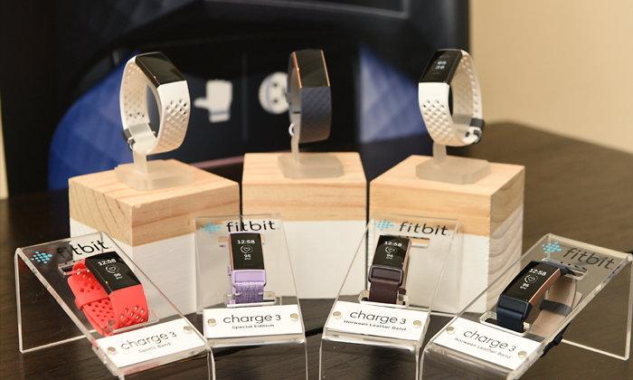 """สิ้นสุดการรอคอย """"Fitbit Charge 3"""" พร้อมวางจำหน่ายแล้วทั่วโลก"""