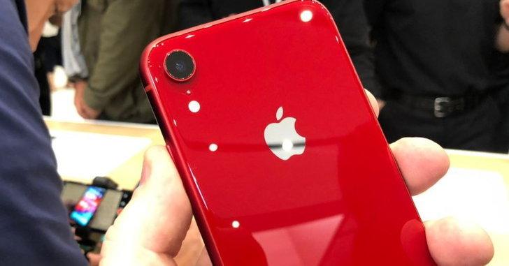 สวนกระแสข่าว Apple บอกเอง iPhone XR ได้รับความนิยมและขายดีมาก!