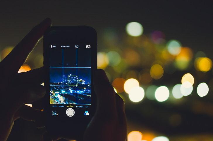 """ไม่ยอมน้อยหน้า Huawei : Samsung Galaxy S10 จะมีโหมดถ่ายภาพกลางคืน """"Bright Night"""" ด้วยเช่นกัน"""