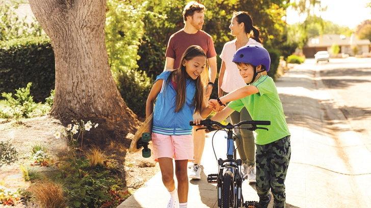 fitbit_proxima_kids_lifestyle_2
