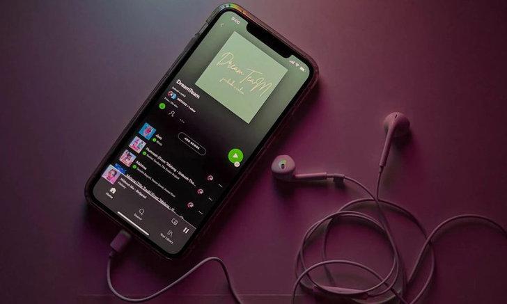พบปัญหา Spotify ในระบบปฏิบัติการ iOS 14.8 และ 15 จะกินไฟมากกว่าปกติ