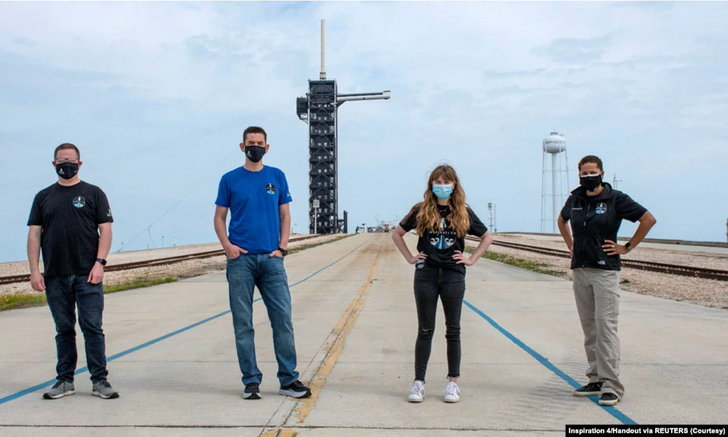 จรวด 'สเปซเอ็กซ์' เตรียมสร้างประวัติศาสตร์พาบุคคลทั่วไปโคจรรอบโลก 3 วัน