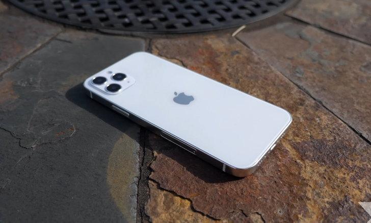 ลือ iPhone 12 จะวางจำหน่ายช้าลงร่วมเดือน