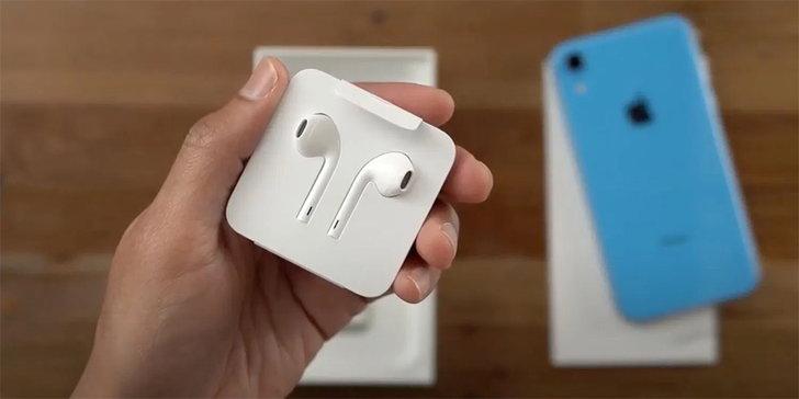ลือ Apple จะไม่มีหูฟัง EarPods