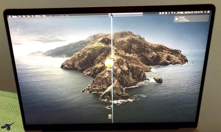 Apple เตือน อย่าปิดหน้าจอ MacBook ขณะที่มีอะไรติดอยู่บริเวณกล้อง ส่งผลให้หน้าจอพังได้