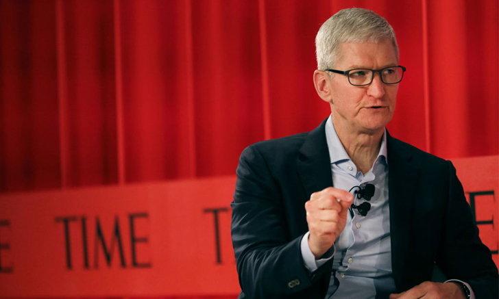 """9 ปีที่ไม่ง่ายของแอปเปิล ใต้ปีก """"ทิม คุก"""" - คำในข่าว"""