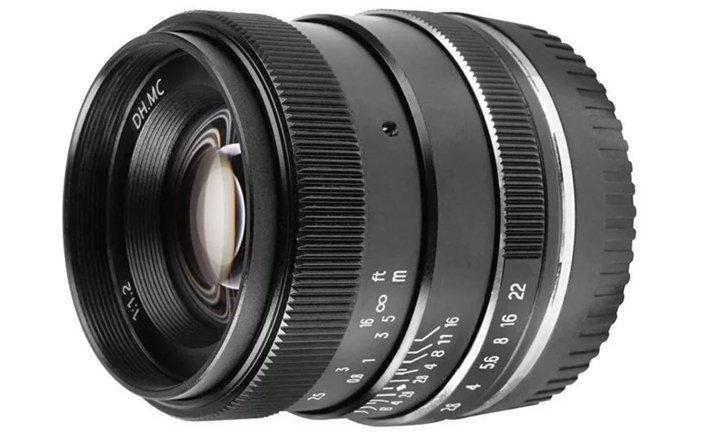 Pergear เปิดตัวเลนส์ 35mm f/1.2 manual focus สำหรับกล้อง mirrorless APS-C