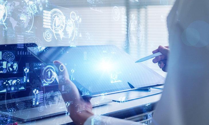 นักวิจัยคืบหน้าการพัฒนาเทคโนโลยีสำหรับเครื่องนุ่งห่มเชื่อมต่อข้อมูลสำคัญให้ทีมแพทย์