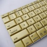 Mac Book Pro โฮโซสุดหรู ฝังเพชร 24 กะรัต