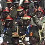 นายพลของซูดานใต้ในพิธีก่อตั้งประเทศอย่างเป็นทางการ