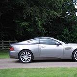 Aston Martin Aston Martin Vanquish