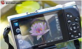 Samsung NX300 ไอน์สไตน์ในร่างนายแบบ