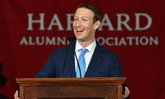 Mark Zuckerberg : ความถูกต้องและปลอดภัยคือสิ่งที่ Facebook ให้ความสำคัญเหนือกว่าผลกำไร