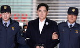 ศาลเกาหลีใต้ตัดสิน Jay Y. Lee รองประธานของ Samsung จำคุกอีก 2 ปีฐานติดสินบนอดีต ประธานาธิบดี