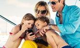 dtac ชี้ความเสี่ยงบนโลกออนไลน์ที่พ่อแม่หยิบยื่นให้ลูก