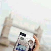 อย่ากดปุ่มลบ! กล้องดิจิตอลกับความทรงจำที่ขาดหาย