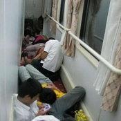 รวมภาพความแออัดบนรถไฟจีน