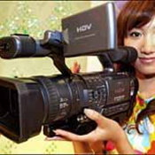 โซนี่เข็นกล้องแฮนดี้แคมความละเอียดระดับ 1,080 เส้นลงตลาด