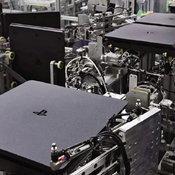 รู้หรือไม่ โรงงานที่ Sony ใช้ผลิต PlayStation 4 ล้วนเป็นหุ่นยนต์อัตโนมัติ มีคนงานอยู่ไม่กี่คนเท่านั้น